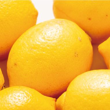 レモン果⽪油